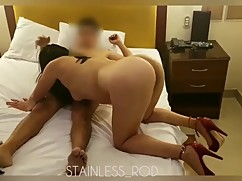 Download swinger hotwife.