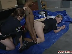 Isabella is a self-made mouth the car and the blonde milf seduces the woman in black