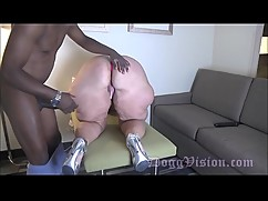 Married gilf fuck anal 30 years younger than big black cock