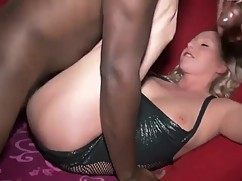 Young wife takes a big black cock big cock movies